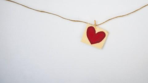 Valentijn op de werkvloer: waar ligt de grens?
