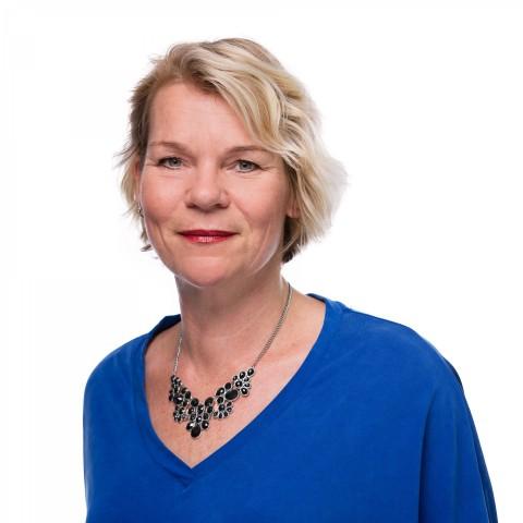 Eline Oostdijk, assistent