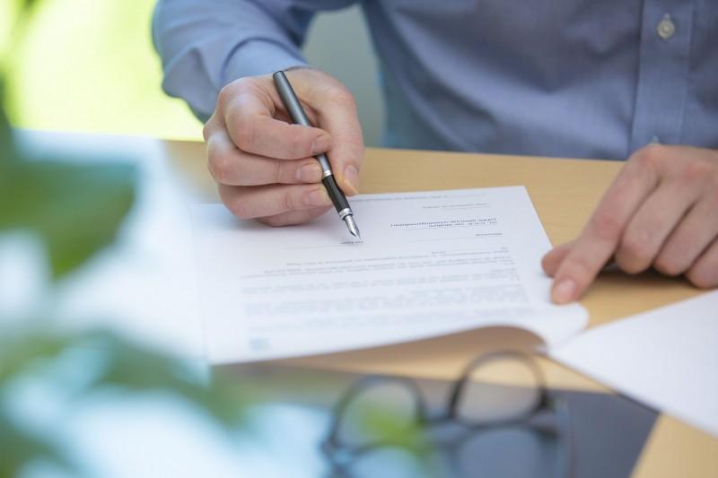 Wat gebeurt er met een licentieovereenkomst in geval van faillissement van de licentiegever?